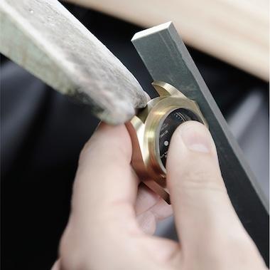 Case polishing